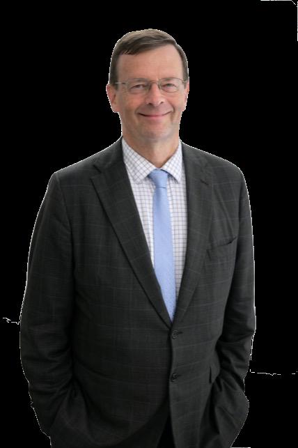 Chris Dimock Family Lawyer Sydney Headshot Col